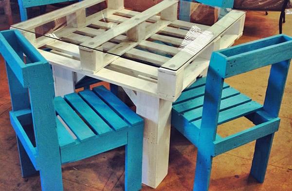M veis e decora o de paletes de madeira um show de - Manualidades con palet ...