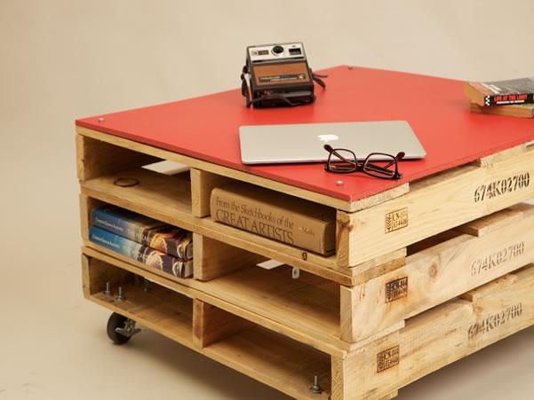M veis e decora o de paletes de madeira um show de for Pallet furniture blogspot com