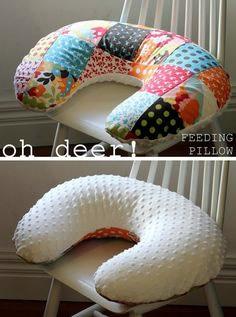 Travesseiro de pescoço em patchwork