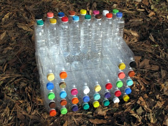 Poltrona de garrafas pet