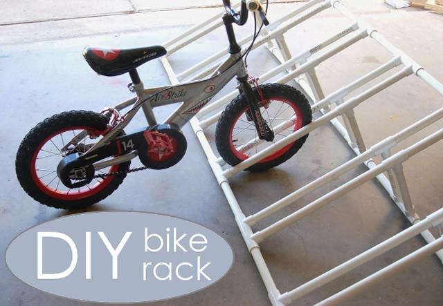 Bicicletário feito com canos de PVC