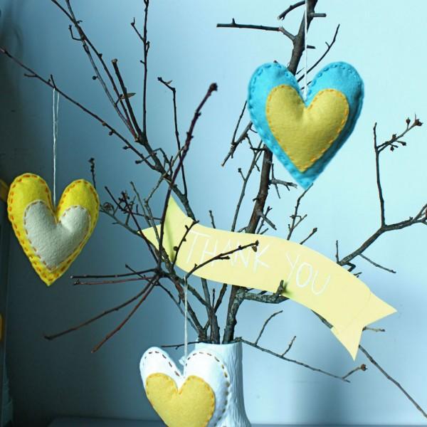 DIY-Heart-Sachet-Favors-8-600x600