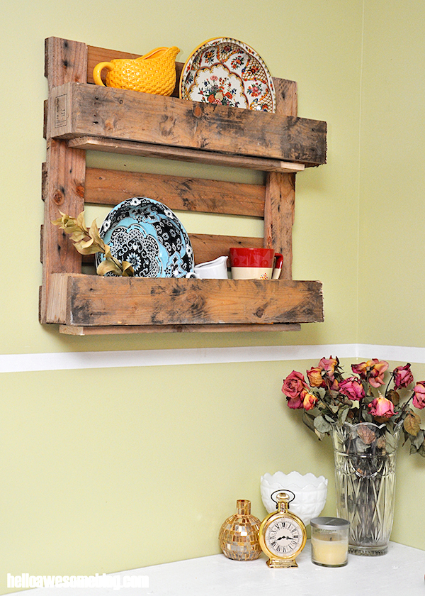 Make-a-decorative-pallet-shelf