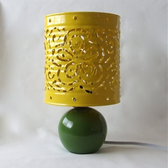 cúpula de abajour feita com lata