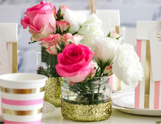 pote-com-flores-decoracao-glitter