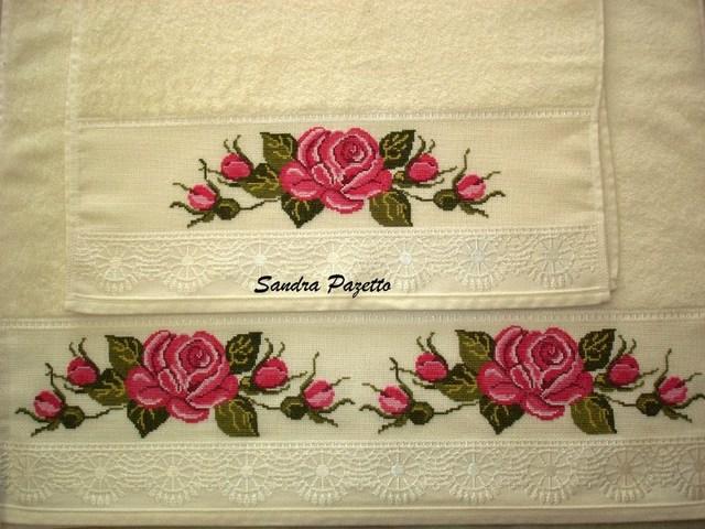 toalhas bordads com ponto cruz
