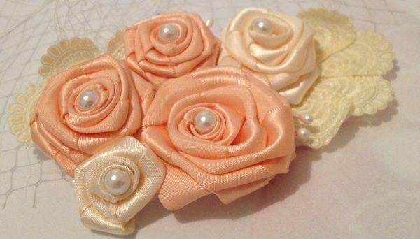 rosas em cetim