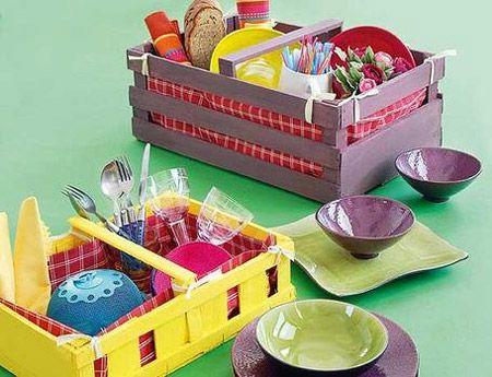 cesta de piquinique com caixotes de madeira