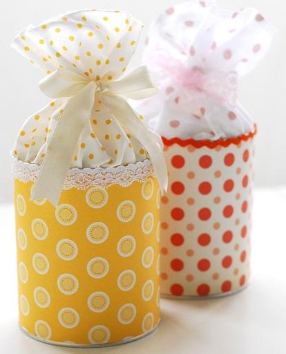 latas decorada com papel e tecido