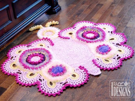 tapete-de-croche-borboleta-rosa