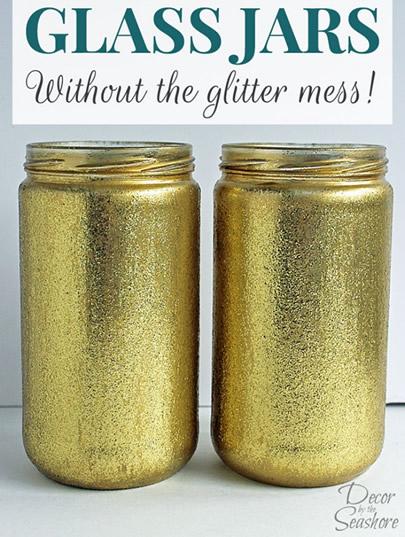 potes-de-conserva-pintados-com-tinta-dourada-glitter