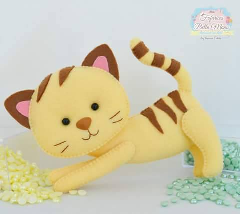 gatinho-feltro-rajado