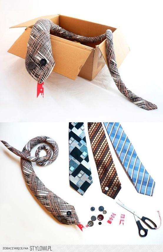 cobra-com-gravatas