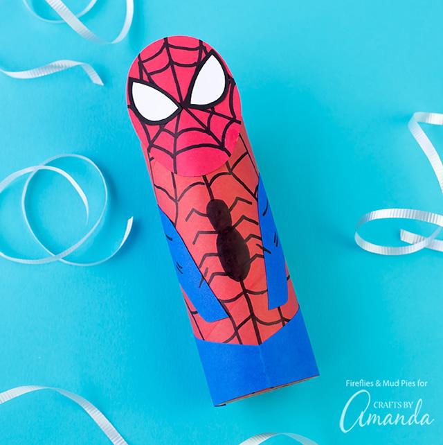 homem-aranha-de-rolo-de-papel