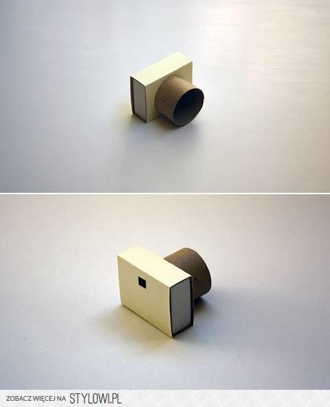 maquina-fotografica-de-brinquedo-com-papelão